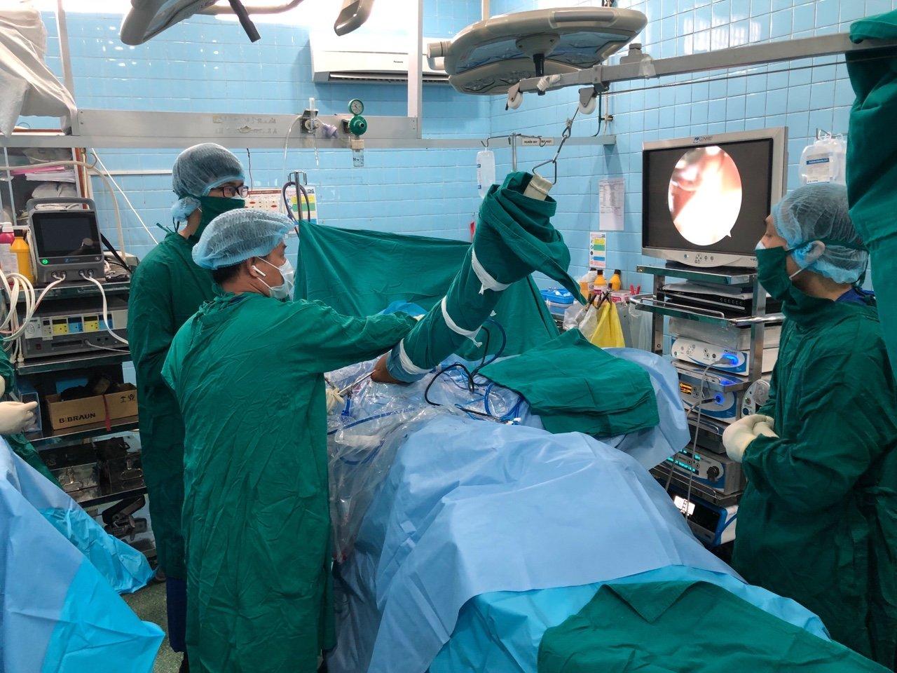 Bệnh viện Chuyên khoa Phẫu thuật tạo hình thẩm mỹ AVA Văn Lang