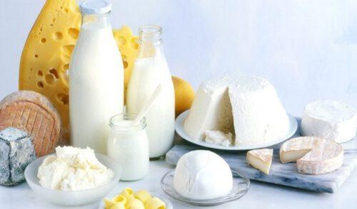 Sữa và sản phẩm chế biến từ sữa cũng chứa một lượng B12 - Ảnh 7