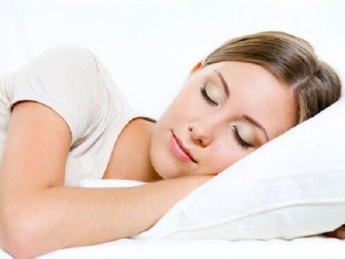 Cách giảm cân tự nhiên tại nhà bằng chế độ nghỉ ngơi hợp lý - Ảnh 12